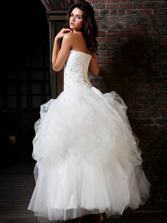 Terrific Ball Gown Tulle Sweetheart Floor-length Lace Wedding Dresses