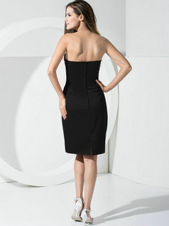 Noble Sheath Satin Tube Top Pockets Cocktail Dresses