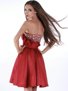 Spectacular A-line Stretch Satin Short/Mini Crystal Cocktail/Homecoming Dresses