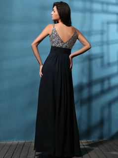 Outstanding A-line Chiffon Straps Beading Prom/Evening Dresses