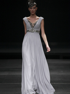 Elegant Sheath/Column Chiffon Floor-length Rhinestone Evening Dresses