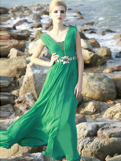Graceful Sheath/Column V-neck Floor-length Rhinestone Evening/Prom Dresses