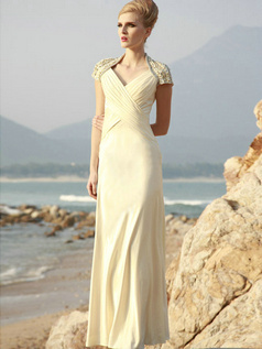 Lovely Sheath/Column Chiffon Floor-length Crystal Evening Dresses