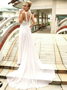 Magnificent Sheath/Column Chiffon V-neck Chapel Train Evening/Prom Dresses