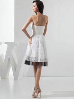 A-line Tube Top Knee-length Flower Bowknot Lace Cocktail Dresses