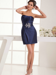 Column Sweetheart Short Stretch Satin Side-draped Cocktail Dresses With Beading