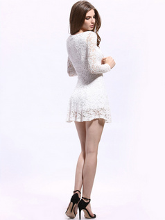 Sheath Round Brought Mini Lace Graduation Dresses
