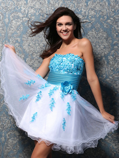 Great A-line Tulle Short/Mini Appliques Homecoming/Sweet 16 Dresses
