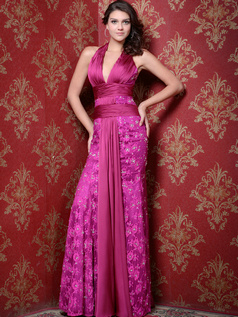 Gorgeous Sheath/Column Lace Halter Floor-length Evening Dresses