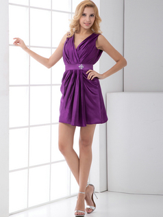 A-line V-neck Straps Short Taffeta Crystal Cocktail Dresses