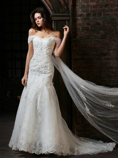 Stunning Mermaid Tulle Chapel Train Lace Wedding Dresses