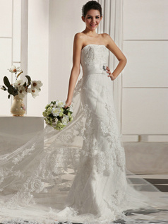 Luxurious Mermaid Lace Strapless Cathedral Train Beading Wedding Dresses