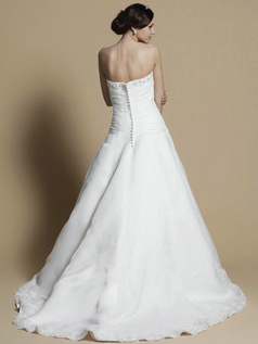 Beautiful A-line Tube Top Chapel Train Beading Wedding Dresses