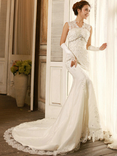Elegant Column Lace V-neck Chapel Train Wedding Dresses