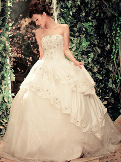 Fantasy Ball Gown Tulle&Tafftea Strapless Tube Top Floor-length Tiered Beading Wedding Dresses