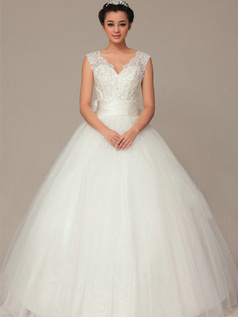 Lovely Ball Gown Tulle Floor-length Sashes Wedding Dresses
