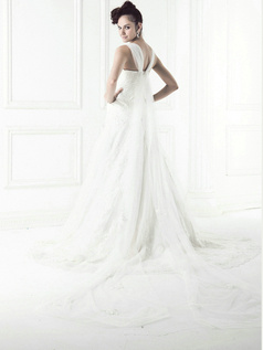 Noble A-line Lace Straps Watteau Train Wedding Dresses