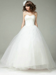 Retro Ball Gown Sweetheart Strapless Lace-up Tulle Wedding Dress
