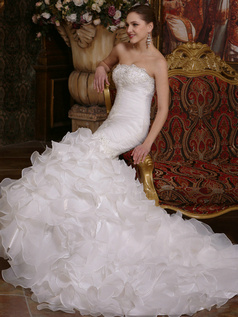 Voluminous Mermaid Organza Sweetheart Court Train Ruffles Wedding Dresses with Rhinestones and Crystals