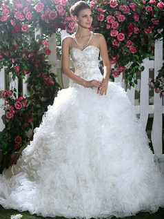 Voluminous Royal Ball Gown Tulle Sweetheart Beading Sweep Train Ruffles Wedding Dresses