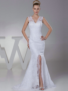 Noble Mermaid Lace V-neck Sweep Train Wedding Dresses