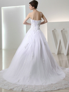 Lovely Princess Lace Scalloped-edge Beading Wedding Dresses