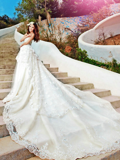 A-line Tube Top Tiered Cathedral Train Lace Beading Wedding Dresses