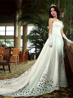 A-line Straps V-neck Cut Flowers Chapel Train Satin Appliques Beading Wedding Dresses
