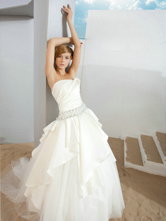 Ball Gown Tube Top Court Train Tulle Rhinestone Draped Wedding Dresses