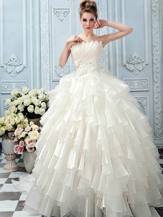 Ball Gown Scalloped Edge Court Train Tulle Flower Tiered Wedding Dresses