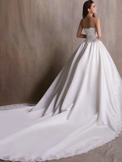 A-line Sweetheart Cathedral Train Tulle Crystal Lace Wedding Dresses