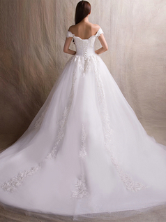 A-line Off-the-shoulder Brush Train Tulle Flower Wedding Dresses With Beading