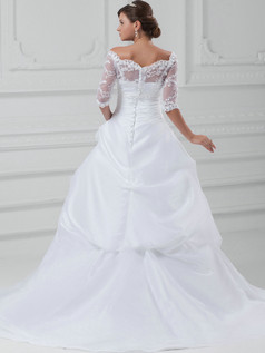 Ball Gown Scalloped-edge Sweep Tulle Half Sleeve Wedding Dresses With Pick-Ups