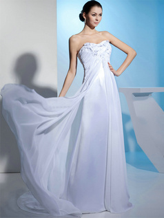 A-line Sweetheart Brush Train Chiffon Flower Wedding Dresses