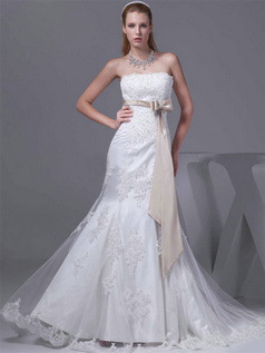 Mermaid Scalloped-edge Sweep Tulle Crystal Bowknot Wedding Dresses
