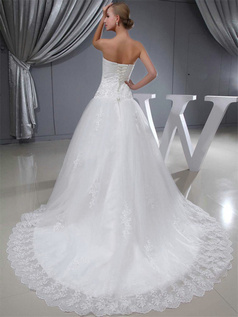 A-line Sweetheart Court Train Tulle Beading Lace Wedding Dresses