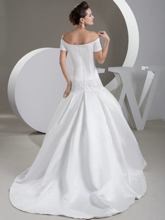 Mermaid Off-the-shoulder Brush Train Satin Short Sleeve Wedding Dresses With Crystal