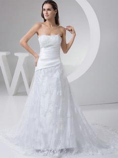 Over Hip Scalloped-edge Brush Train Beading Lace Wedding Dresses