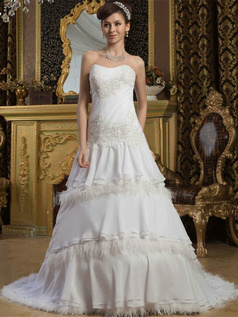 Over Hip Sweetheart Brush Train Chiffon Appliques Wedding Dresses