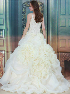 Princess Spaghetti Straps Brush Train Organza Beading Wedding Dresses