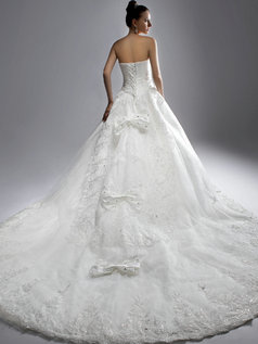 Ball Gown Sweetheart Brush Train Crystal Bowknot Lace Wedding Dresses
