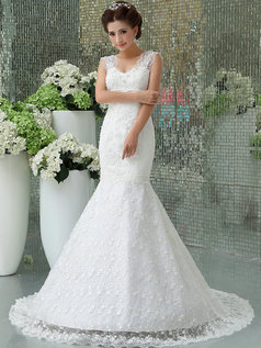 Mermaid Scalloped-edge Court Train Beading Lace Wedding Dresses