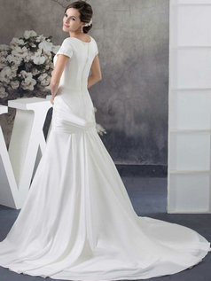 Over Hip Scoop Brush Train Stretch Satin Short Sleeve Beading Wedding Dresses