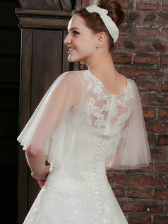 Appealing Half Sleeve Lace Bridal Jacket/Wedding Wrap