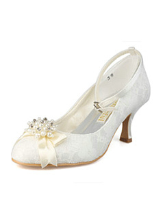 Lace Upper Mid Heel Closed-toes Wedding Shoes With Rhinestones and Bow