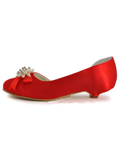 Beaded Satin Upper Low Heel Round Wedding Shoes With Bowknot