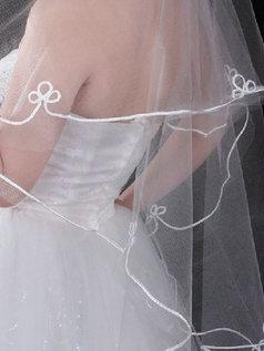 Single Layer Tulle Waltz Length Cut Edge Wedding Veil With Acrylic Line