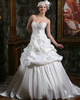 Royal Princess Taffeta Spaghetti Straps Court Train low-cut Wedding Dresses with Flowers