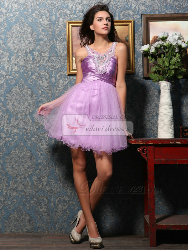 Lovely A-line Tulle Short/Mini Crystal Homecoming Dresses