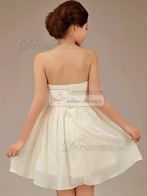 A-line Sweetheart Short Chiffon Champagne Flower Bridesmaid Dresses
